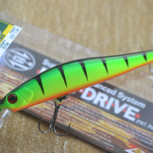 ZIPBAITS RIGGE 90F цвет 827