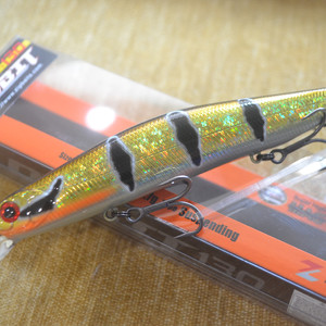 ZIPBAITS ORBIT 130SP цвет M0117 AMAZON HUNTER (LIMITED COLOR)